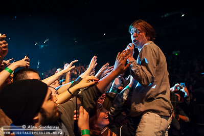 Cage The Elephant 12-13-2014