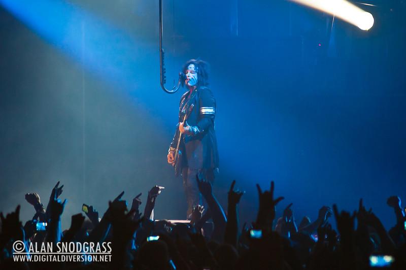 Mötley Crüe | June 15, 2011 – Digital Diversion