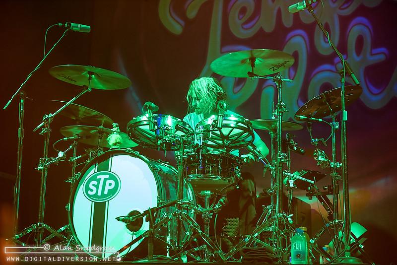 Stone Temple Pilots   April 10, 2015 – Digital Diversion